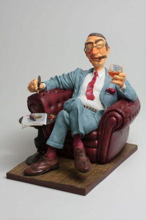 Nagyfőnök /Forchino karikatúra szobor/