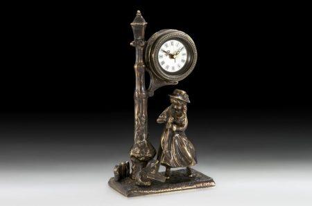 Bronz asztali óra (virtus madrid)
