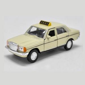 Mercedes benz  /taxi/