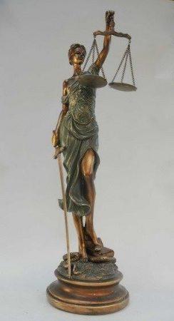 Justitia szobor 52 cm