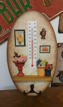 Vintage kis fogasos hőmérő