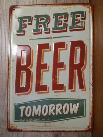 fém kép : free beer tomorrow