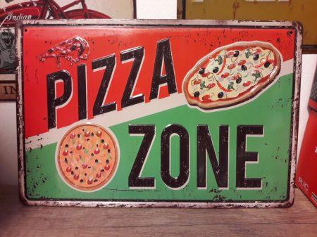 fém kép: pizza zone