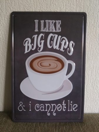 fém kép:  i like big cups...