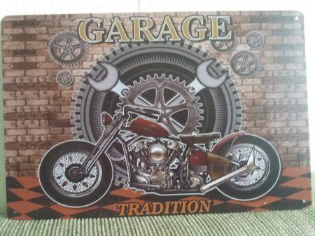 fém kép: garage motor
