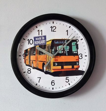 Ikarus busz óra