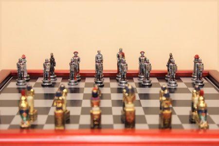 Róma Egyiptom ón sakk készlet