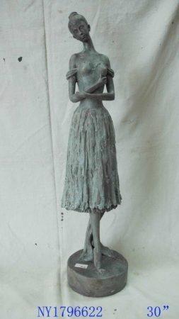 Nőalak szobor 76 cm