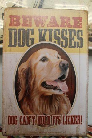 fém kép: Beware dog kisses