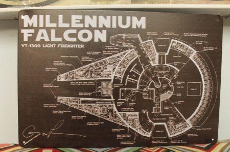 fém kép: Millennium falcon