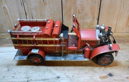 Tűzoltóautó modell