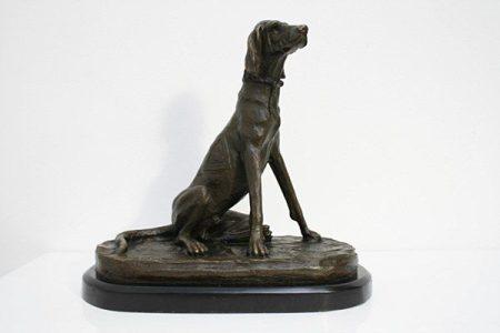 Kutya bronz szobor