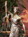 Justitia szobrok